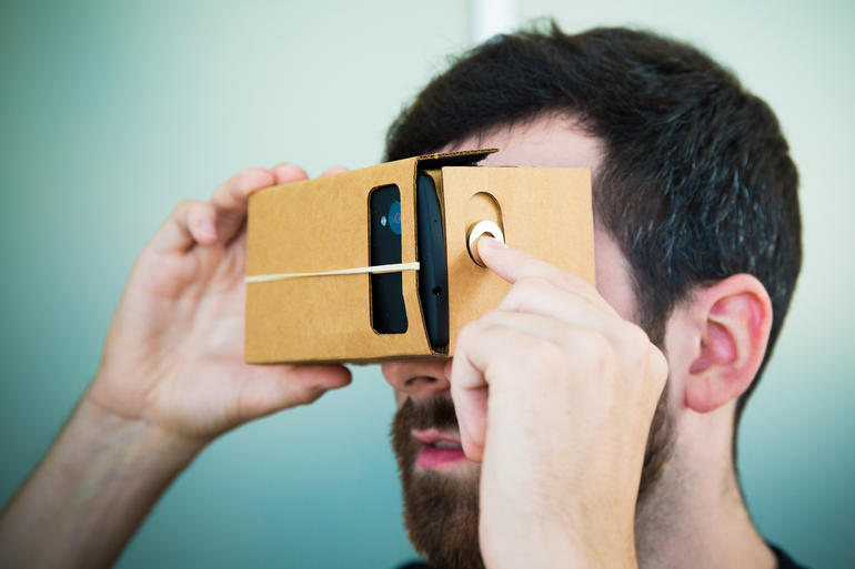 google-cardboard-viewer
